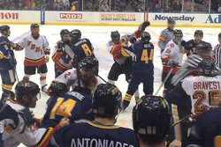 New York, Brandmän, Brak, Poliser, Hockeyfight