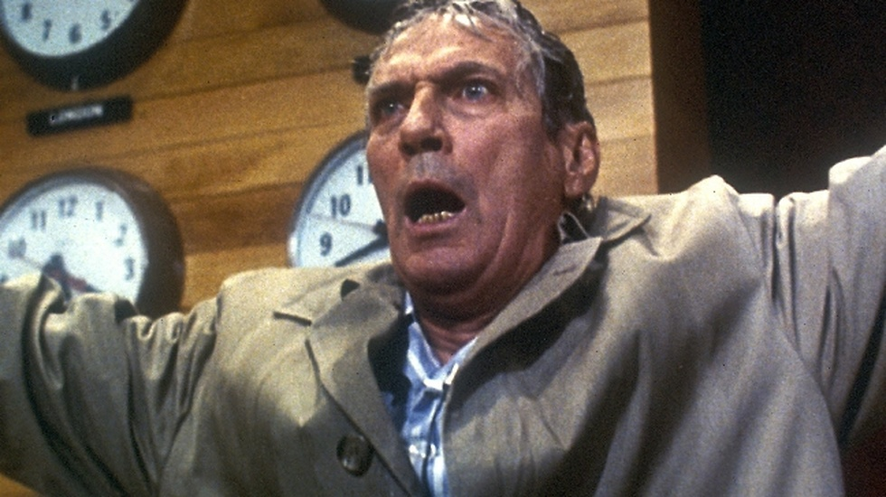 1977. Peter Finch i rollen som Howard Beale i The Network.